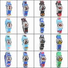 Fashion 3D Cartoon Lovely Kids Barn killar titta på Student Quartz WristWatch klockor Casual Relogio femininos montre femme Klocka