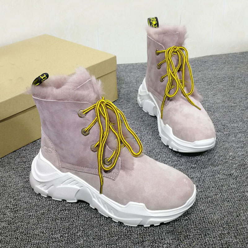 Winter new classic thick lace fur one female boots fashion wool warm foreign trade large size riding boots.Winter new classic thick lace fur one female boots fashion wool warm foreign trade large size riding boots.