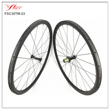 Price reduced $30 than before !! Extralite Cyber hubs 700C 30mm x 23mm tubular carbon cycling wheels , lightweight 993g/set !!