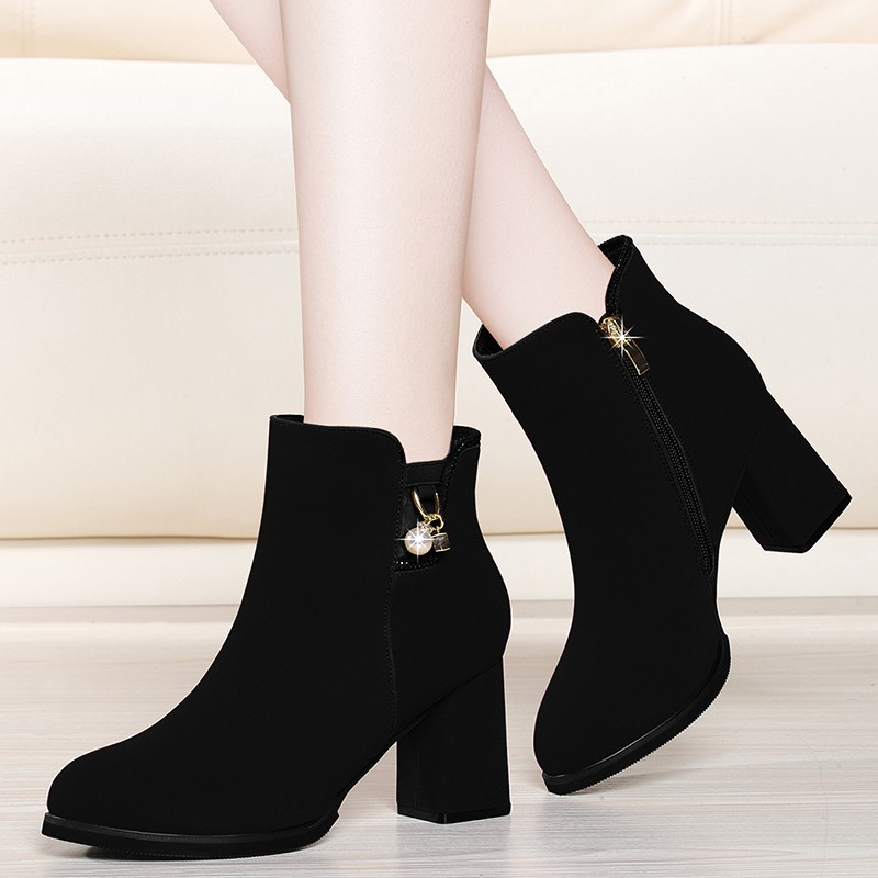2019 New Top Quality Cow Suede Leather Boots Women High Heels Platform Ankle Boots Round Toe Autumn Winter Shoes YG-A0217