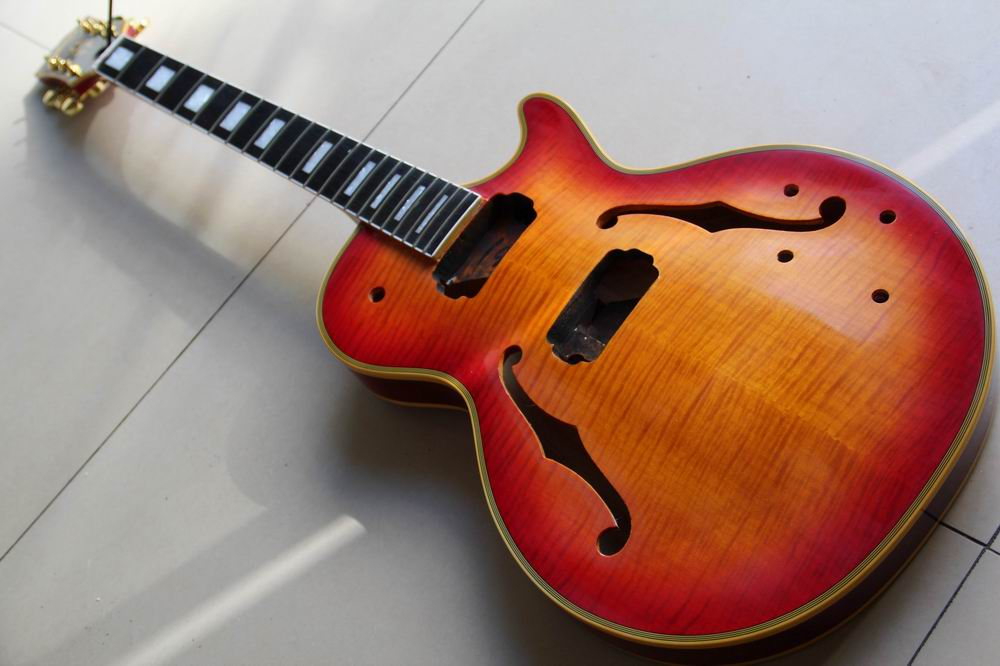 Wholesale Unfinished Guitar Custom Small Jazz Electric Guitar Semi Hollow Body With F Hole In Aged Sunburst 121024 top selling emerald green classical chinese jazz electric guitar with bigsby hollow guitar body