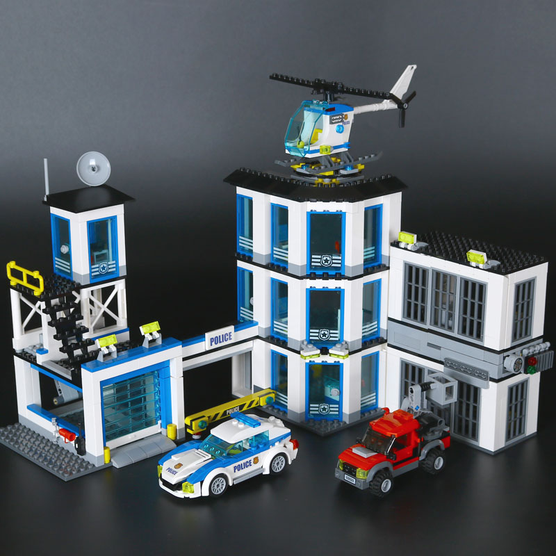 Lepin 02020 City Series The New Police Station Set children Educational Building Blocks Bricks Boy Funny Toys Model Gift 60141 lepin 02012 774pcs city series deepwater exploration vessel children educational building blocks bricks toys model gift 60095