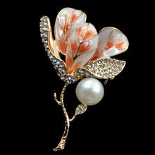 Stunning Vintage Enamel Pink Kapok Bud Brooches Gold Tone Twig Branch Micro Pave Clear Crystal Leaf Orchid Flower Pins for Women