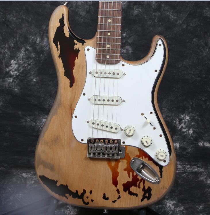 high quality handmade relic st electric guitar alder body handmade eged hardware tremolo bridge. Black Bedroom Furniture Sets. Home Design Ideas