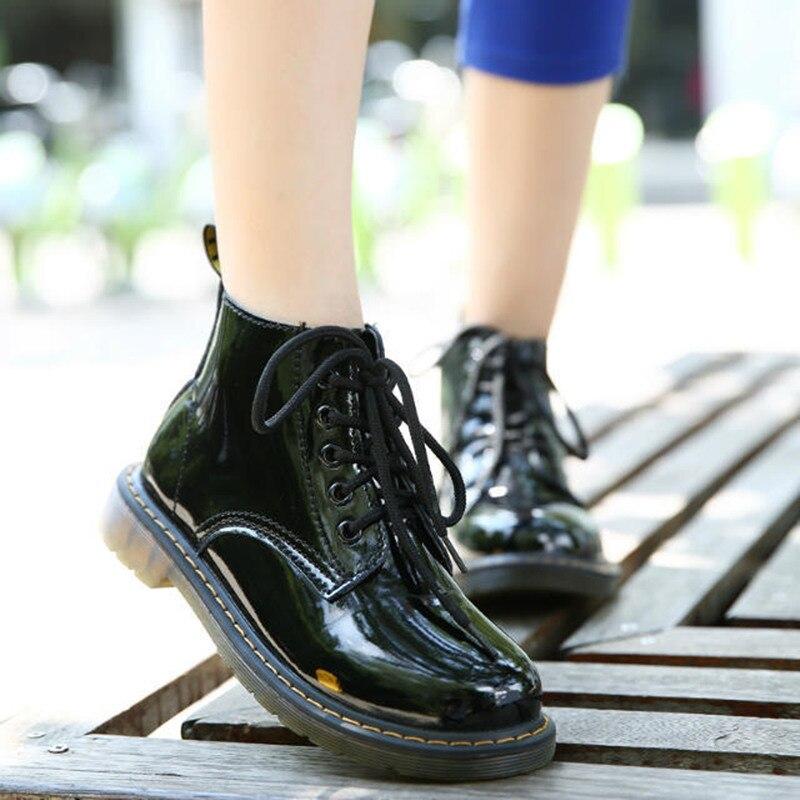 COOTELILI Plus Size Botas Botas de Couro de Patente Das Mulheres Escola Estilo Lace Up Sapatos Para Meninas Preto Vermelho Motocicleta Tornozelo BootsM 40