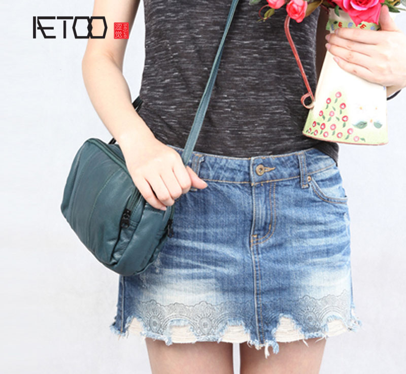 AETOO Pure leather kingdom pure skin Europe and the United States and Japan and South Korea fashion simple retro retro Messenger aetoo europe and the united states casual leather handbags soft leather cowhide pure mori department of hong kong retro wide sho