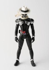 Image 2 - PrettyAngel Подлинная Bandai Tamashii нациями S. H. Figuarts Kamen Rider W & десять лет фильма войны 2010 Kamen Rider череп фигурку