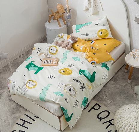 3Pcs Cartoon Cotton Crib Bed Linen Kit Cartoon Animal Baby Bedding Set Includes Pillowcase Bed Sheet Duvet Cover Without Filler