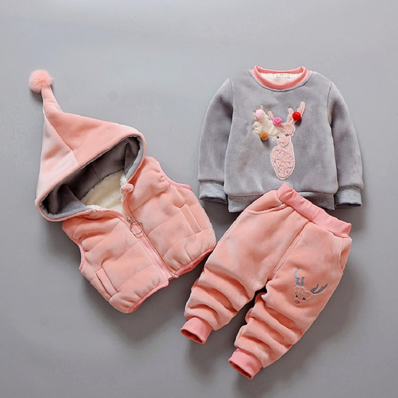 2017 Autumn Winter 3 Pcs/Set Thicker Outwear Deer Embroidery Pullover+Pant+Hooded Vest Kid'S Clothing deer embroidery tee