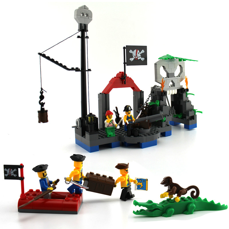 Enlighten 206Pcs Pirate Boat Skeleton Pirates Crocodile Castle Kids font b Toys b font Model Building