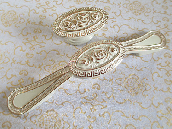 Dresser  Drawer Pulls Handles Knobs White Gold Flower Shabby Chic Cabinet Handle Pull Knob Furniture Handles Hardware Decorative rhinestone crystal kitchen cabinet door knobs handle drawer handles dresser pulls shabby chic glass knobs silver white clear
