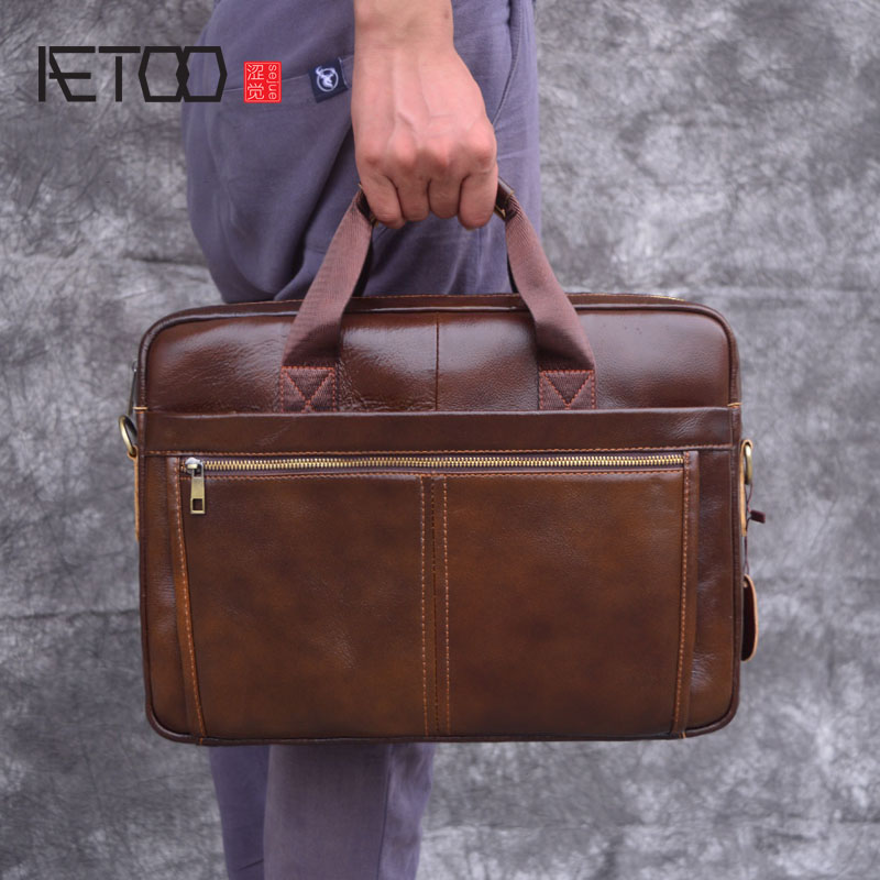 AETOO Men's leather briefcase retro large capacity computer bag top layer leather travel portable Messenger bag