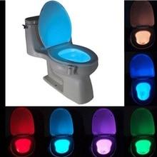 Sensor de luz por movimiento PIR nocturna LED 8 colores cambio automático Luz de baño