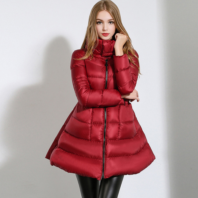 2016 Nueva Chaqueta de Invierno Mujeres Abajo Falda Delgada Capa Caliente Pato Blanco Abajo Parka Mujeres Abrigos Y Chaquetas Outwear Europea GQ1607