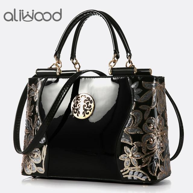 2018 Europe Brands Embroidered Women s bags Luxury Handbags Elegant Tote  Lady Shoulder Bags Messenger Bags Female Crossbody Bags fa1ddcde08443