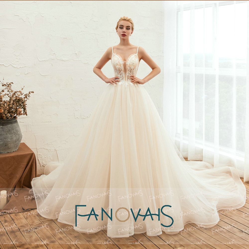 Image 2 - Fanovaid Deep V Neck Lace Tulle Long Train Elegant Vintage Wedding Dresses suknia slubna gelinlik	vestidos de novia 2019Wedding Dresses   -