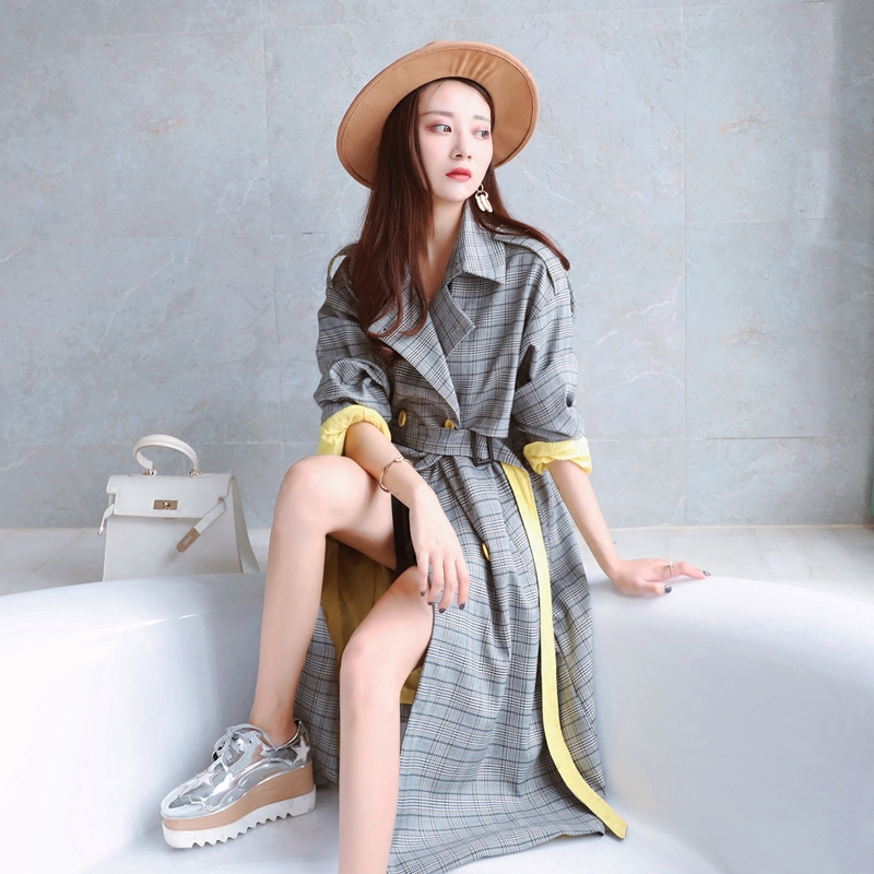 2018 new back zipper design winter autumn women Plaid   trench   coat female long retro chic slim overcoat female coat mujer A29
