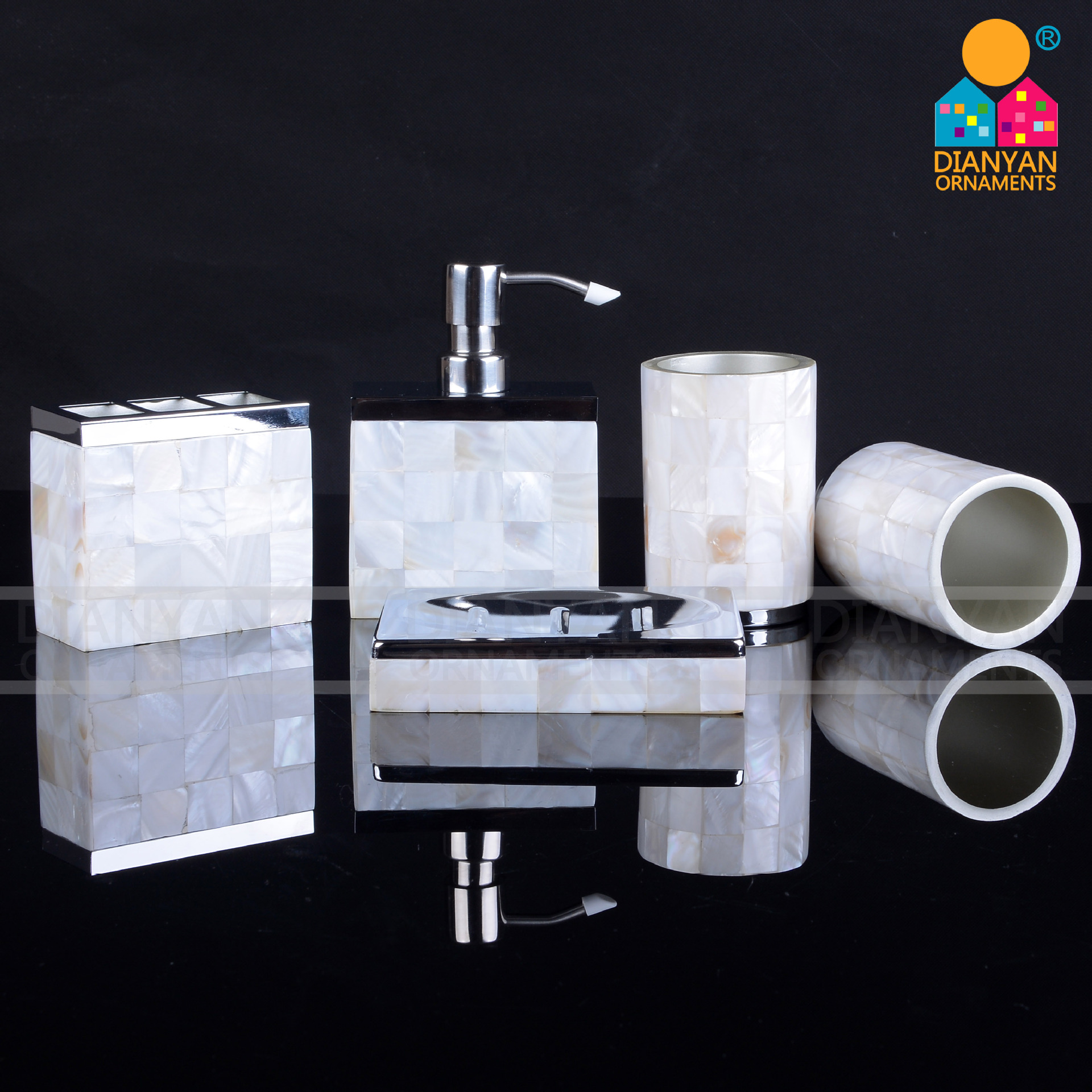 Creative hardware shell bathroom five-piece hotel bathroom wash set natural shell bathroom kit simple bathroom ceramic wash four piece suit cosmetics supply brush cup set gift lo861050