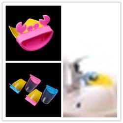 1 шт. Милая мультяшная насадка на кран удлинитель воды руководящих лотка для мытья рук легко носить с собой реализации удобный смешные