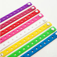 1PCS Silicone Bracelet Wristbands 18CM With hole for Shoe Croc Buckle PVC Shoe Accessories Shoes charms children Gifts(China)