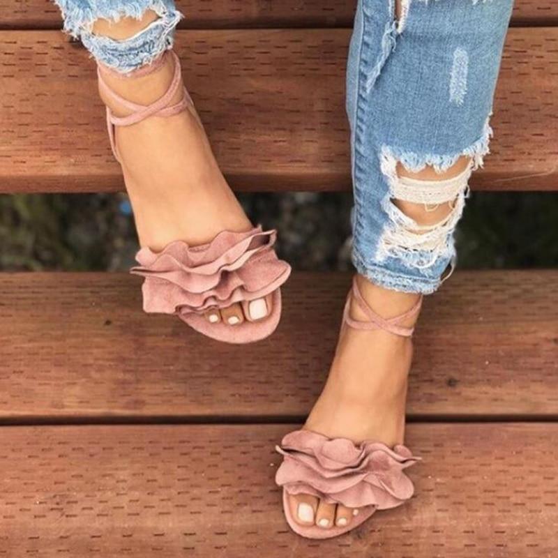 Women Sandals 2019 Summer Women Flat Sandals Fashion Flock Sandals Flowers Decor Women Beach Shoes Plus Size 42 43