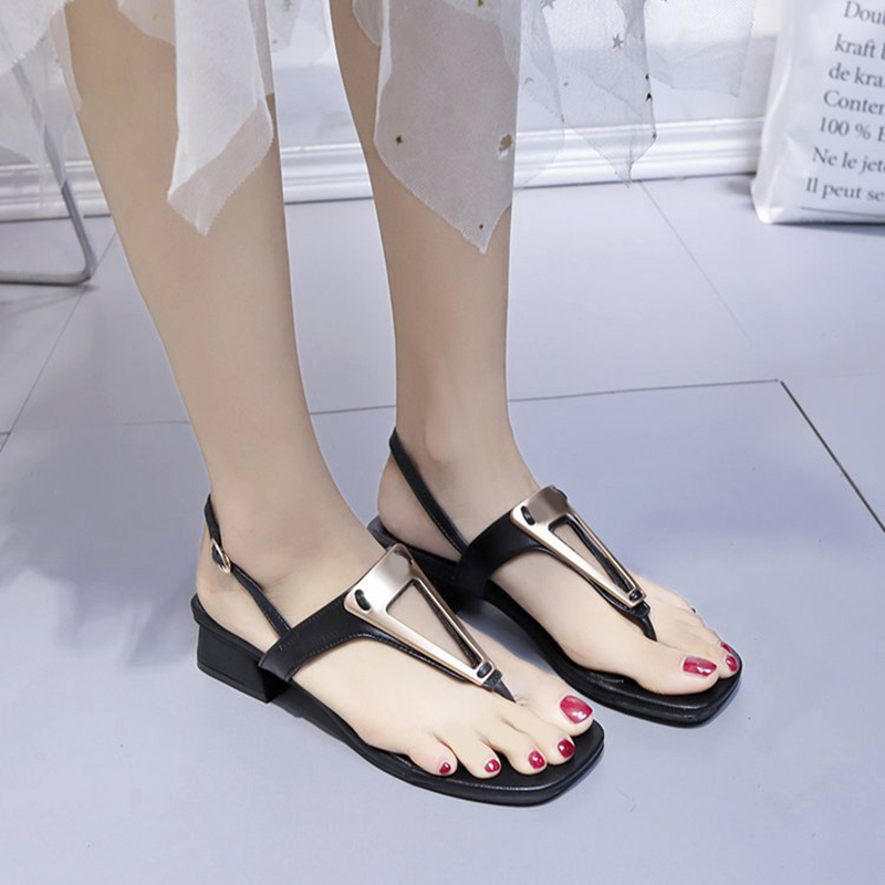 2019 Newest Summer Flat Sandals Women Fashion Bohemian Beach T strap Flip Flops Female Peep Toe Shoes With Tassel