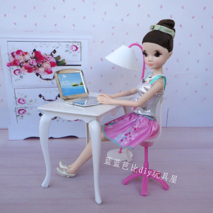 Free Transport,doll furnishings desk+lamp+laptop computer+chair+cellphone 5 equipment for Barbie Doll,woman play home