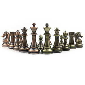 Image 5 - מתכת שחמט סט בדרגה גבוהה מתנת נסיעות בינלאומי שחמט משחק מתקפל עץ עובש לוח שחמט Kirsite שחמט חתיכות צ סמן I60