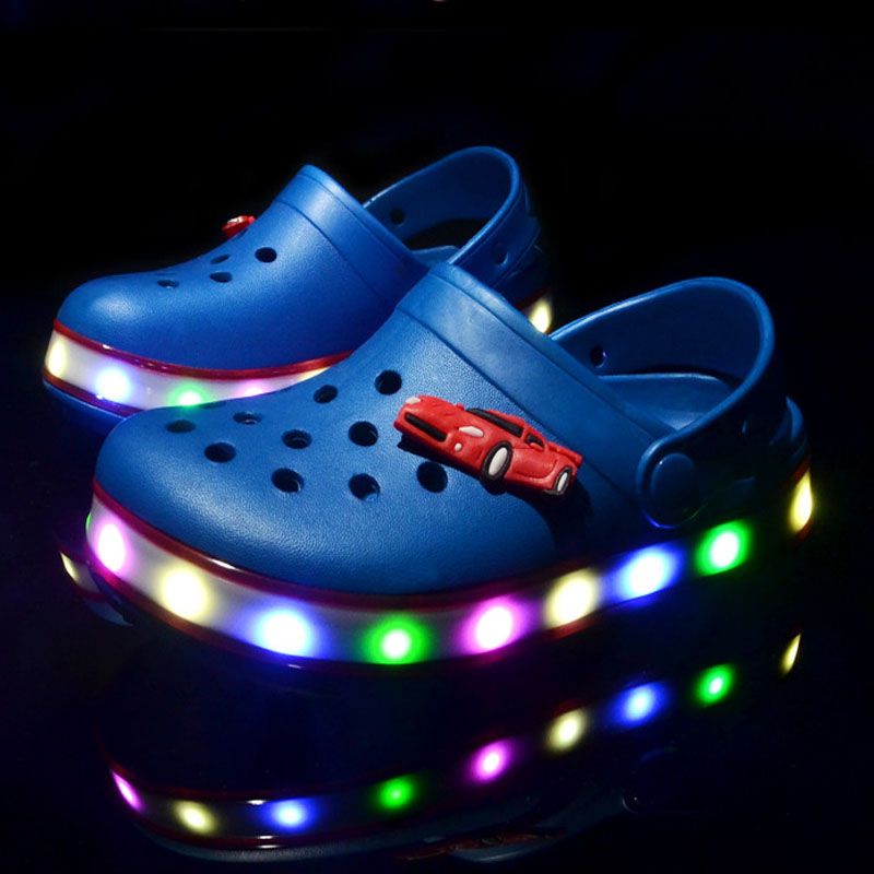 New 2017 summer beach LED lighting boys girls sandals high quality Cool coloful children shoes casual baby cute kids clogs
