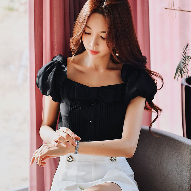Dabuwawa Summer New Square Collar Bow Shirts Women Girls Office Lady 2019 Puff Sleeve Vintage Blouse Top White Black DN1BST018