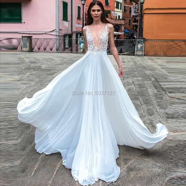 חוף קו שיפון חתונת שמלות עמוק V צוואר מקיר לקיר אורך לטאטא רכבת כפתור אשליה חתונת כלה שמלות Vestido דה noiva