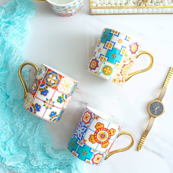 Luxury Coffee Mug with Gold Handle Baroque Style Vintage Ceramic Tea Water Cup for Mom Women Mothers Girls Wedding Gift