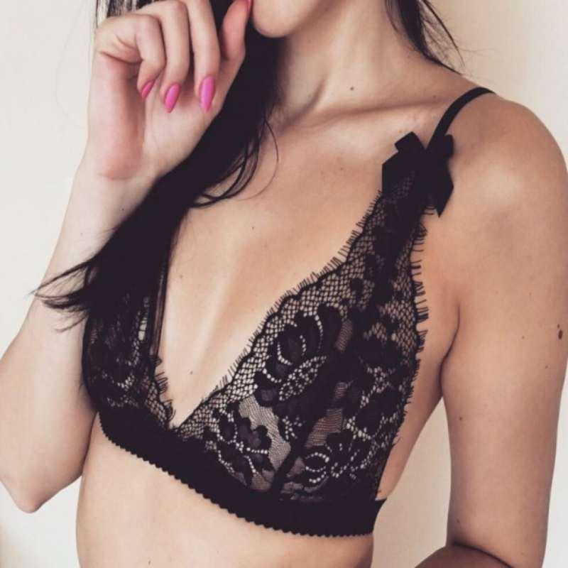 Plus Size Sexy Black Ultra-Thin Transparent Bra Set Charming Lace Briefs Excavating Comf ...