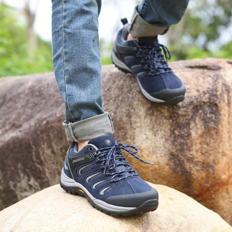 Rubber sole waterproof hiking shoes leather outdoor shoes 3 color BaiDeng climbing shoes
