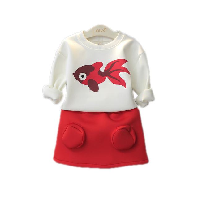 Fashion New 2016 Spring And Autumn Baby Girls 2pcs Children Clothing Set Korean Girls Gold Fish Pullover Top Skirt Suit For 2-7Y