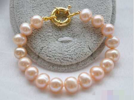01105 pink round freshwater cultured pearl bracelet