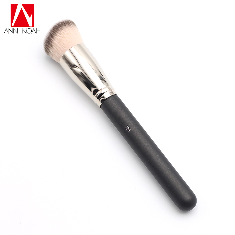 Black Feature Wood Handle Luxuriously Soft Synthetic Fiber 170 Middle Size Rounded Slant Domed Buffing Blending Brush