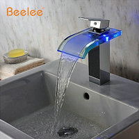 現代クローム流域水栓デッキ水パワーled流域タップミキサー温度センサー3色led浴室の蛇