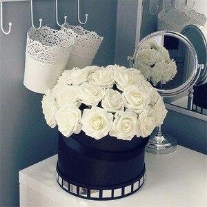 Image 1 - 10 Pcs Real Touch Künstliche Blume Latex Rose Blume Künstliche Bouquet Gefälschte Blume Braut Bouquet Verzieren Blumen Für Hochzeit