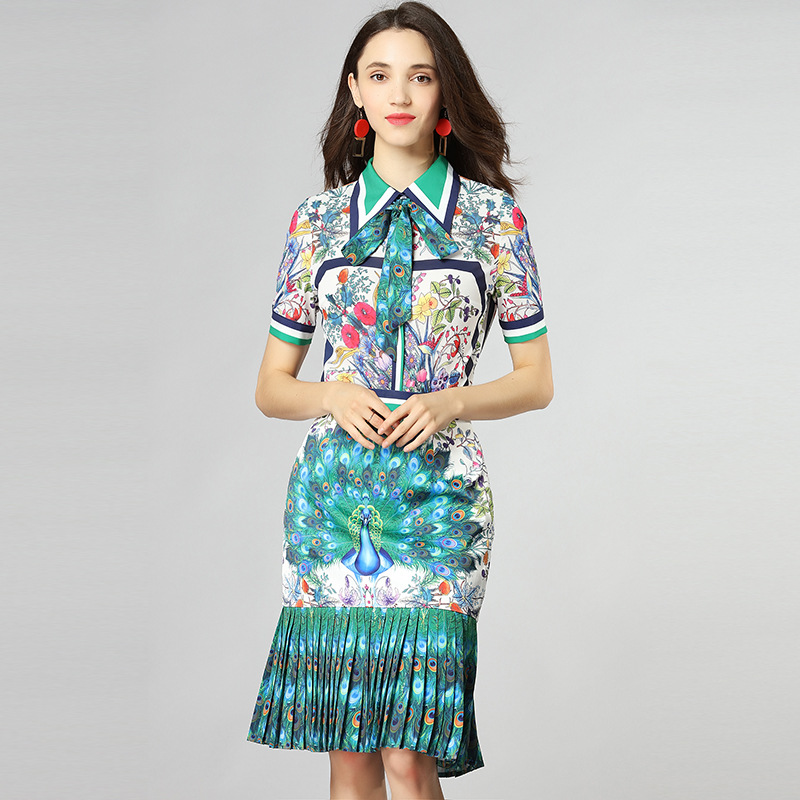 New Runway Designer women dress Fashion Ladies 2018 Summer New Peacock Print Lapel Lace Short-sleeved suit Middle Fishtail