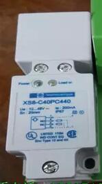 Livraison gratuite 2 pcs/LOT nouveau commutateur XS8-C40PC440 inductance type PNP normalement ouvert et normalement fermé capteur