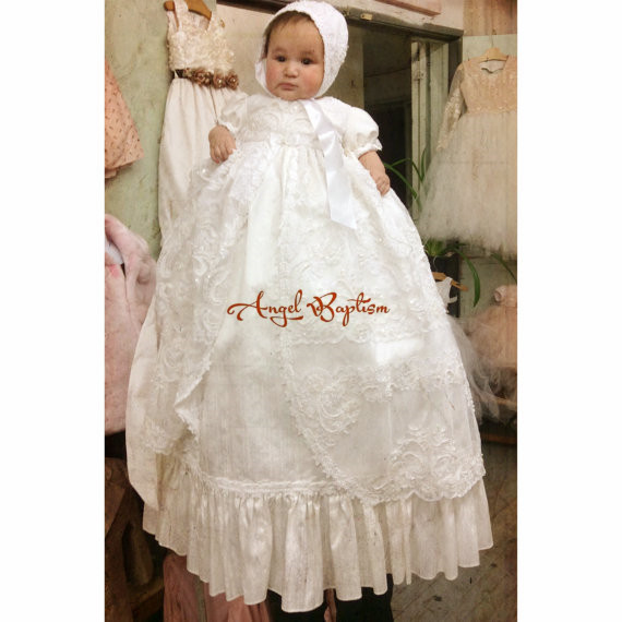 Luxury lace infant baptism dresses for the newborn baby boy girls long beaded bling pearls christening gowns with bonnet