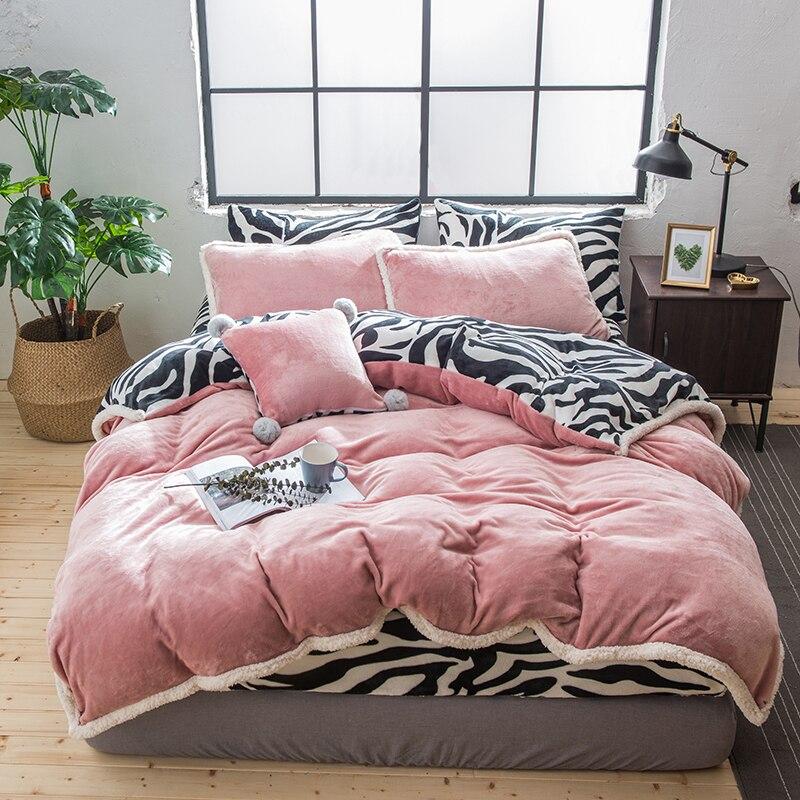 Ensemble de literie en tissu polaire rose gris violet vert housse de couette en flanelle de velours noir blanc motif zèbre drap/taie d'oreiller en lin