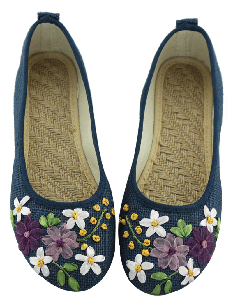 15 colors China Wind summer female embroidered shoes flat mom Peas shoes flax large size shoes 34-42