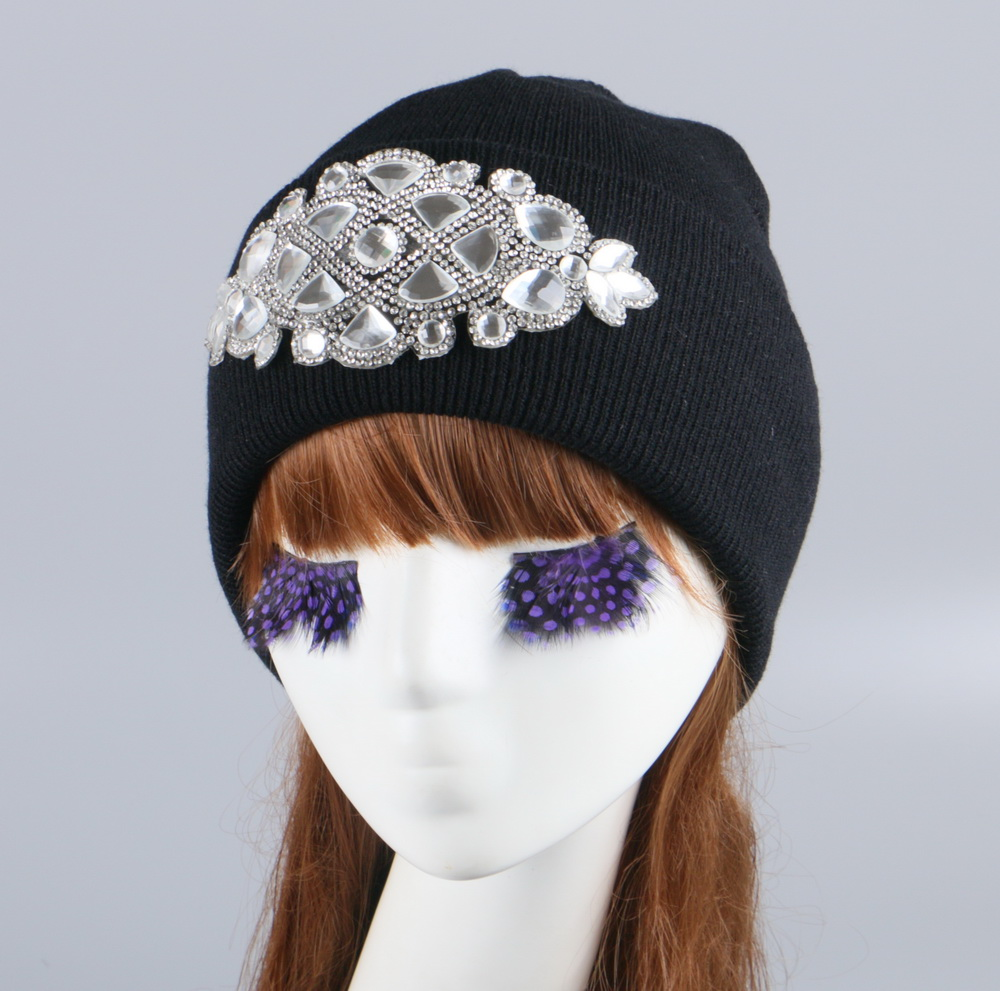 girl women brand winter beanie hat cap with real animal fur pompom mink fox large ball crystal floral knitted gorros skullies unisex 1d one direction letter hats gorros bonnets winter cap skullies beanie female hihop knitted hat toucas with pompom ball