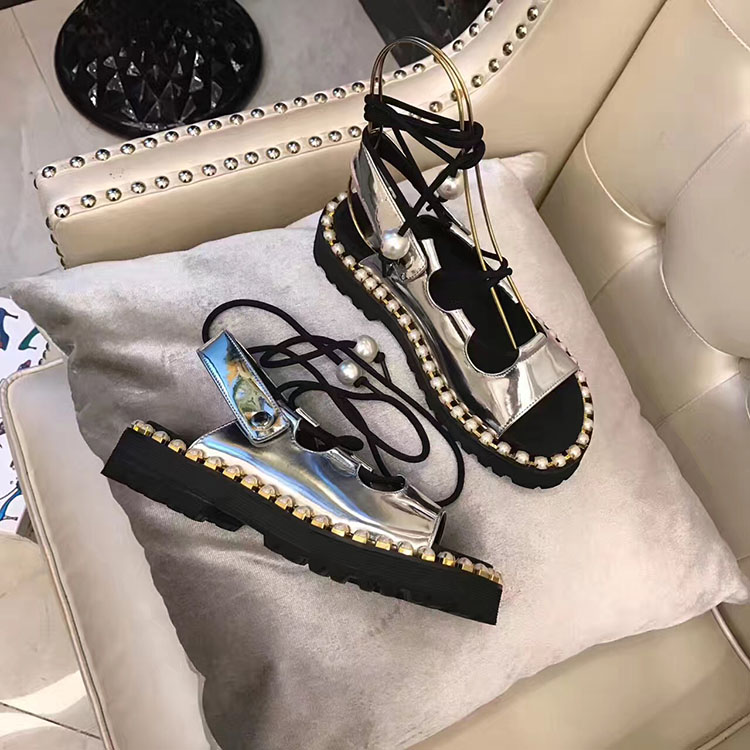 2018 New Spring Summer Cross Tied Gladiator Sandals Shoes Woman Design Woman Lace Up Flat Sandals Woman Slides Platform Flats цена