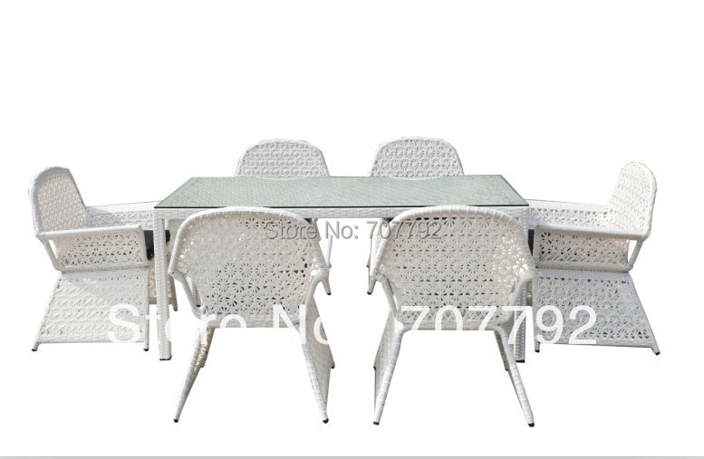 2017 Hot Sale Wicker And White Rattan Garden Dining Table