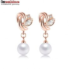 LZESHINE 2016 Fashion Jewelry Pearl Earrings Rose Gold Plate SWA Element Austrian Crystals Flower Earrings For Women ER0193-A