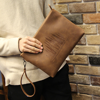 2017 Vintage Crazy Horse pu Leather Men Envelope Clutch Bags Business Men Clutch Bags Large Capacity IPAD Bag Brown