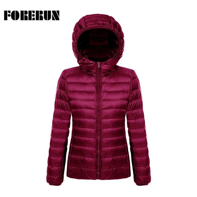 2017 nuevas mujeres abrigo de invierno con capucha corta Parkas sólido Womens invierno Chaquetas y Abrigos ultra ligero Abrigos de plumas chaqueta portátil outwear